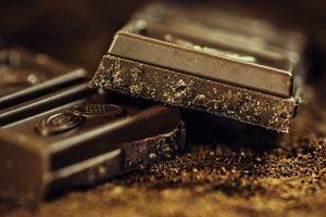 Detall d'un troç de xocolata