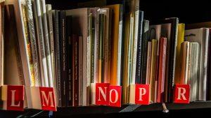 Llibres ordenats alfabèticament