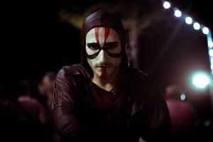 Actor maquillat per a una representació escènica