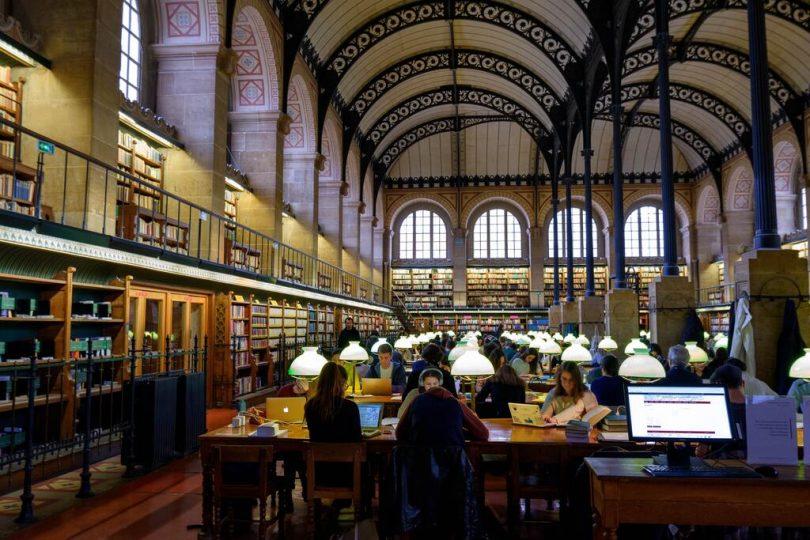 horaris biblioteques barcelona