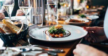 Plat a un restaurant elegant