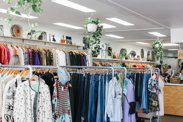 botiga de roba de segona ma