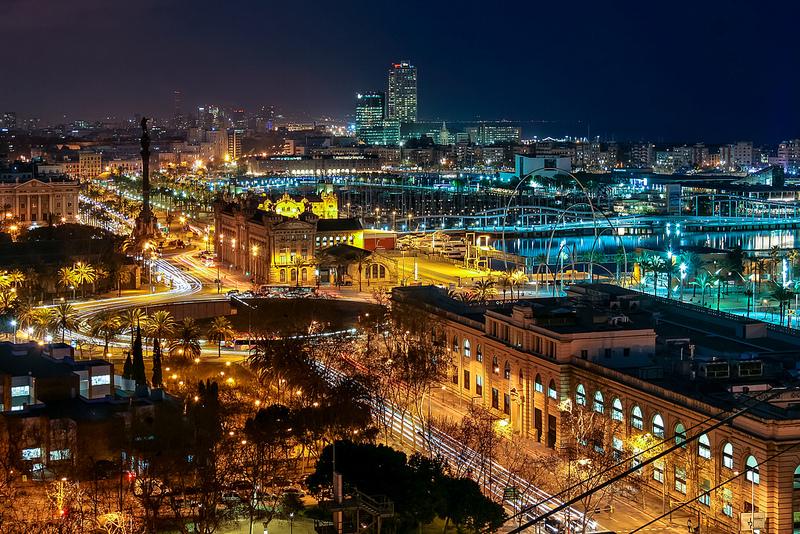Vista nocturna de Barcelona