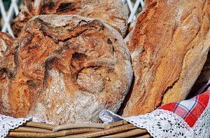 Detall d'un pa elaborat de manera artesanal