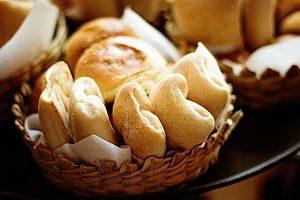 Surtit de diferents tipus de pa a una fleca