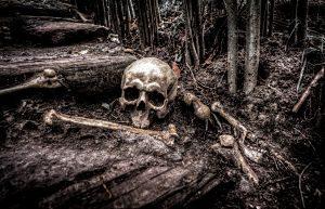 Pila d'ossos a un cementiri