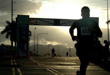 Participant a l'arribada d'una cursa