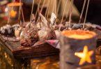 Decoració nadalenca a un mercat de Nadal