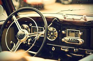 Interior d'un cotxe vintage