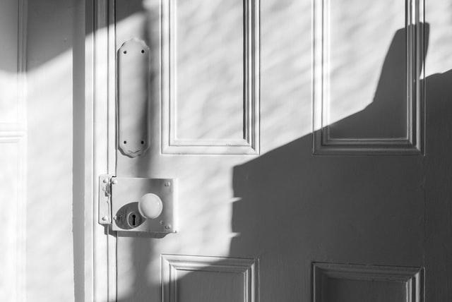 porta pis compartit a Barcelona